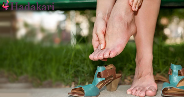 Why your feet swell after a walk or sitting too long